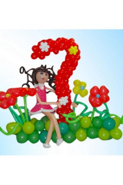 """Фигура из шариков """"Циферка 7 на полянке с девочкой"""""""